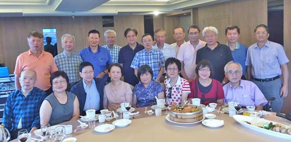 班上同學召開同學會為劉扶東升任中央研究院副院長慶賀