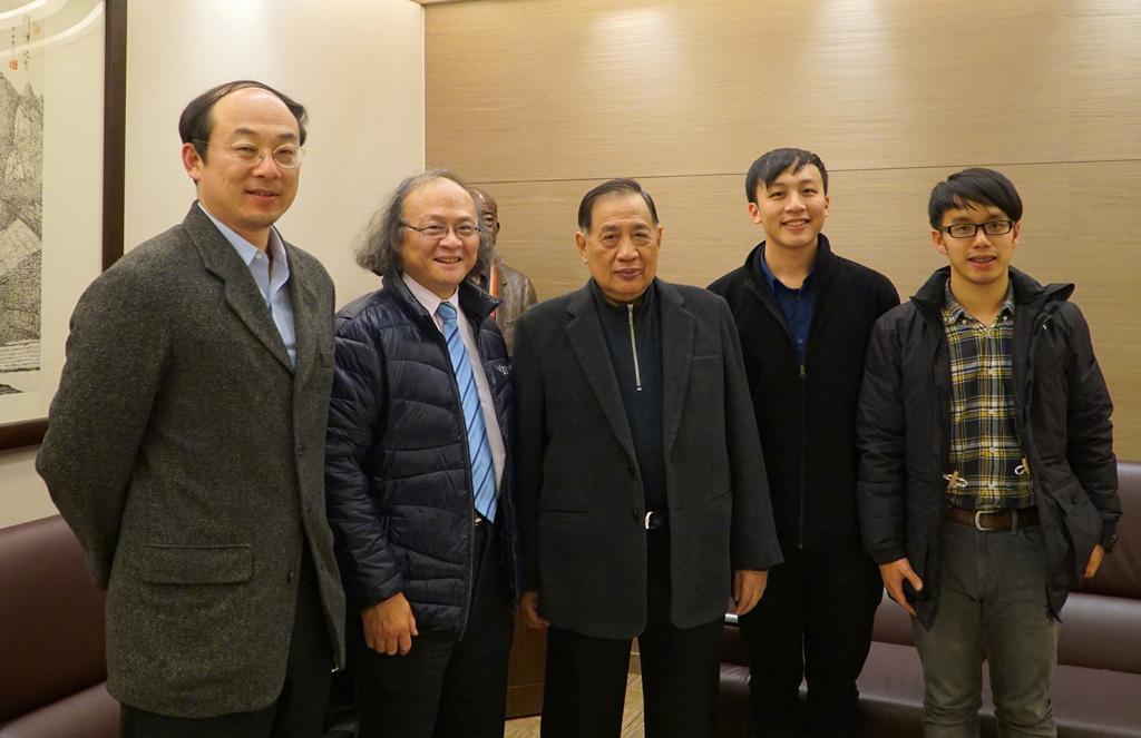 由左至右:趙相文、袁天明、陳盛沺、陳家平、李雨澈